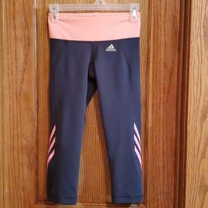 EUC Women's Adidas Capri legging size small